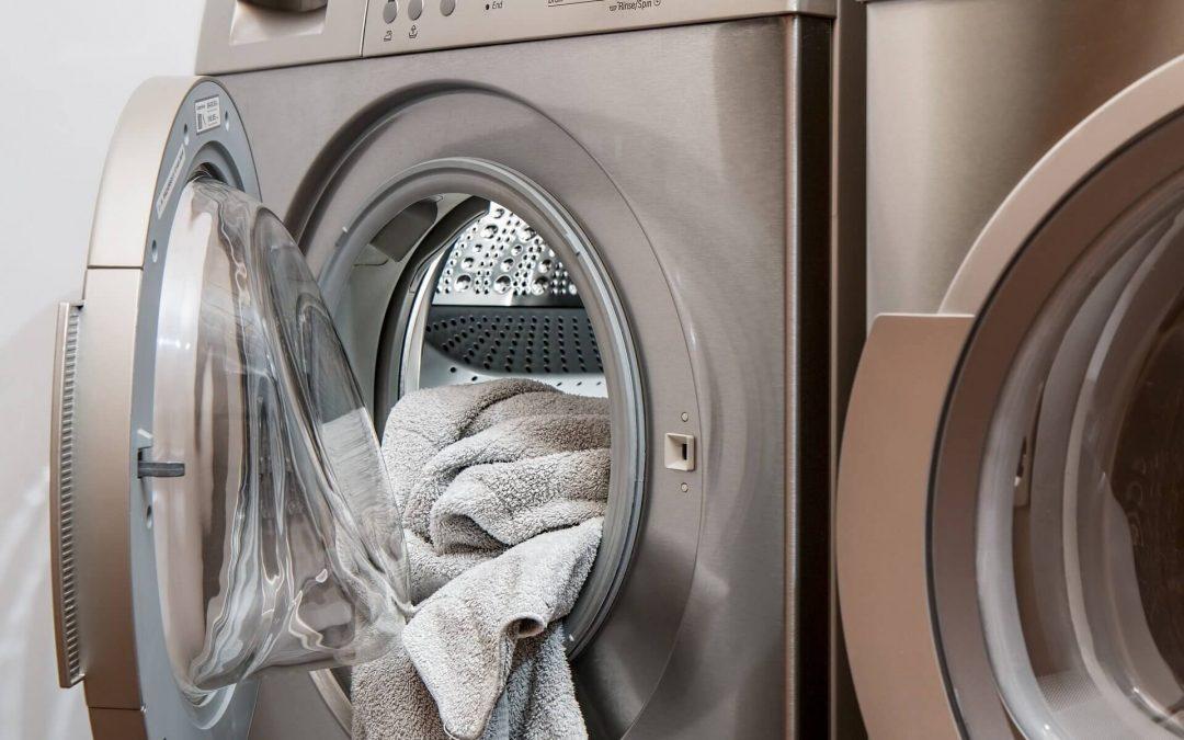 ¿Cómo limpiar bien la lavadora por dentro?